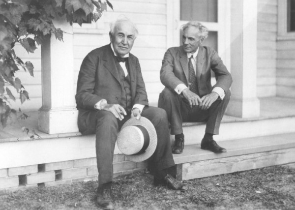 Henry-Ford-with-Thomas-Edison