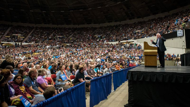 bernie-crowds-say-he-beat-hillary-by-a-mile